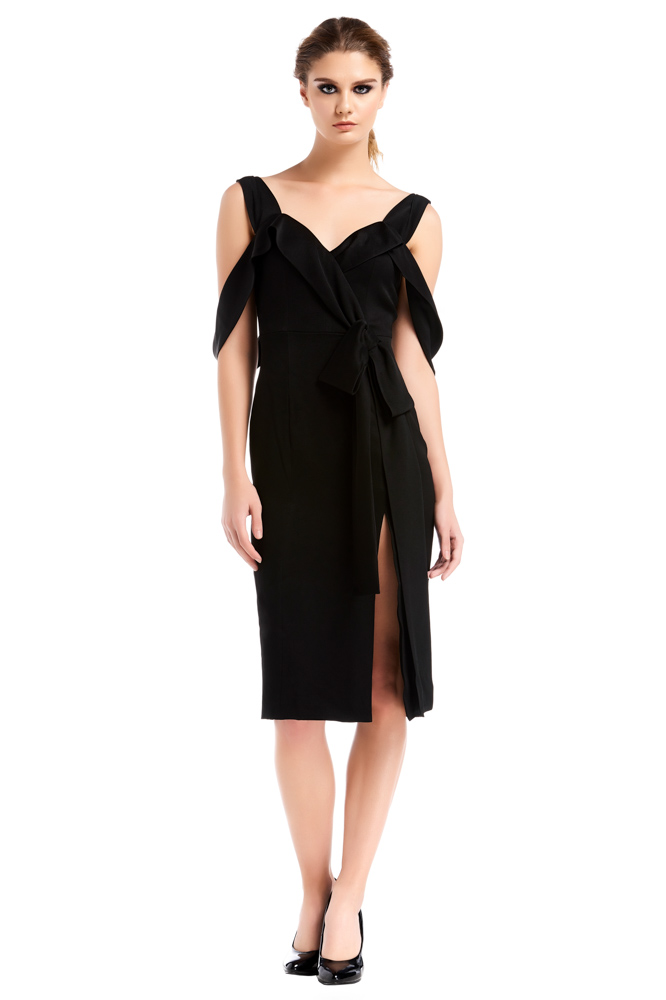 WEE Brand, dress, mini dress, black dress, cocktail dress, short dress. party dress, designer dress, outfit, fashion, ชุดแบรนด์เนม, เช่าชุด, เดรส, เดรสสั้น, ชุดออกงาน, ชุดปาร์ตี้