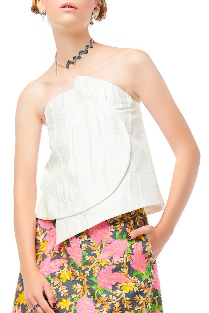 Vela De, blouse, white blouse, party outfit, vacation outfit, designer outfit, outfit, fashion, designer clothes, ชุดแบรนด์เนม, เช่าชุด, ชุดขาว, ชุดออกงาน, ชุดปาร์ตี้, ชุดไปเที่ยว