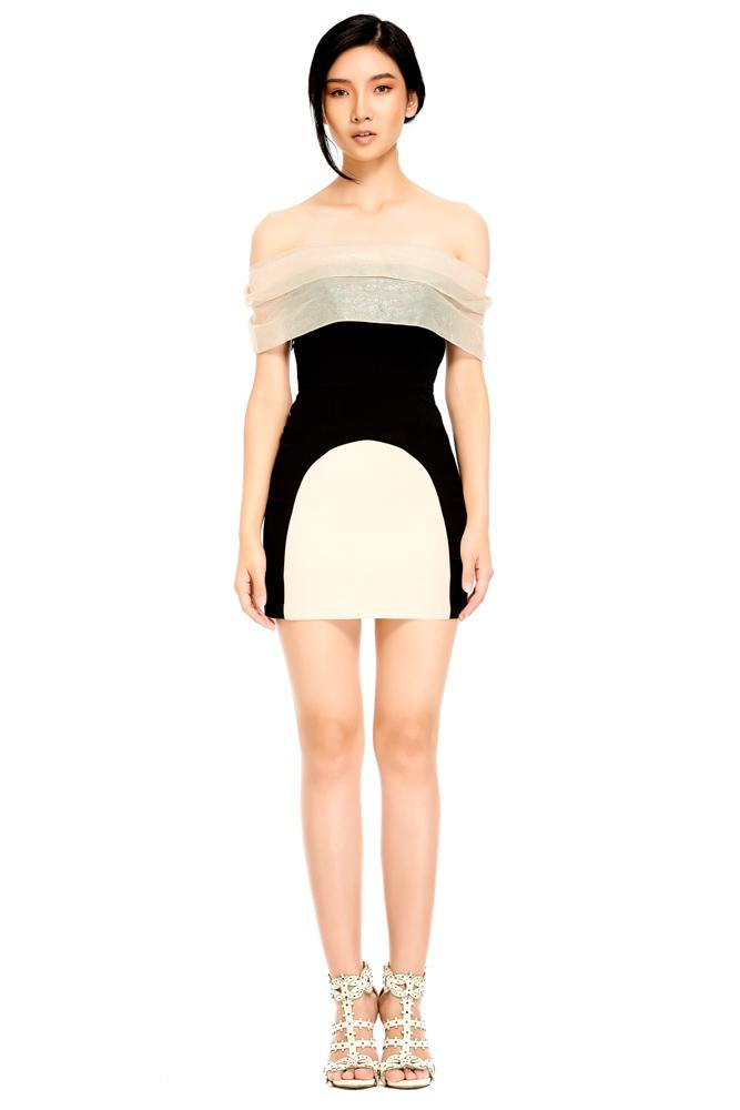 Kwankao, dress, mini dress, white dress, black dress, short dress, party dress, designer dress, outfit, fashion, designer clothes, designer brands, ชุดแบรนด์เนม, เช่าชุด, เดรส, เดรสสั้น, ชุดออกงาน, ชุดปาร์ตี้