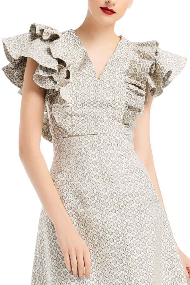 WEE Brand, grey blouse, grey top, party blouse, designer blouse, outfit, fashion, ชุดแบรนด์เนม, เช่าชุด, ชุดออกงาน, ชุดปาร์ตี้